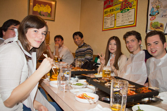 Essenfassen: Koreanisches Barbecue in Tokio City.